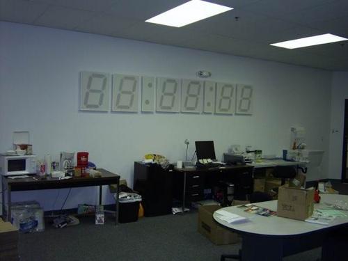 Sfe-Wall-Clock-26