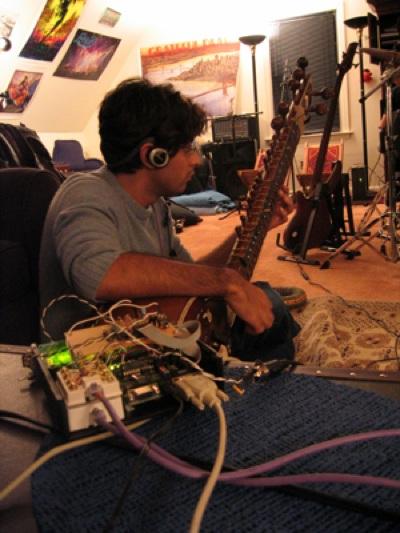 Esitar Ajay Dev