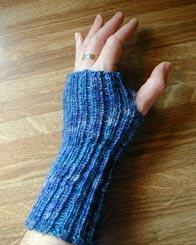 Wrist Warmer Knitting Pattern : Wrist Warmer Pattern Generator Make: