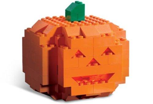 lego-pumpkin-101507.jpg