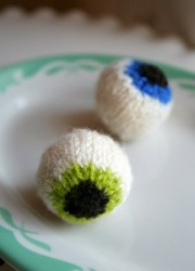 knitted_eyeballs.jpg