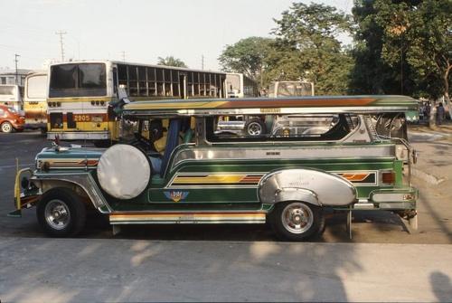 800Px-Jeepney