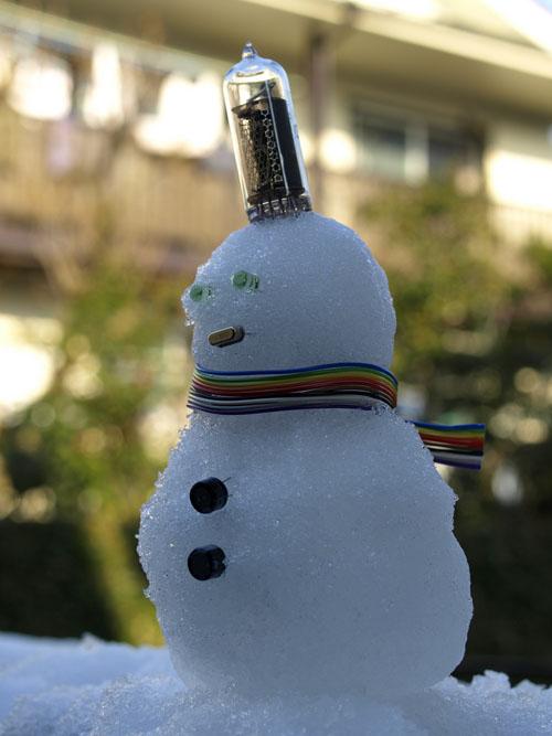 Electronics_Snowman.jpg