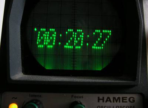oscilloscope_digi_clock.jpg