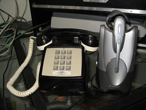 phoneLifter.jpg