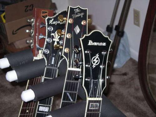 PVC_guitar_stand.jpg