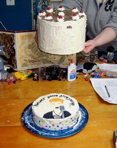 rick roll cake