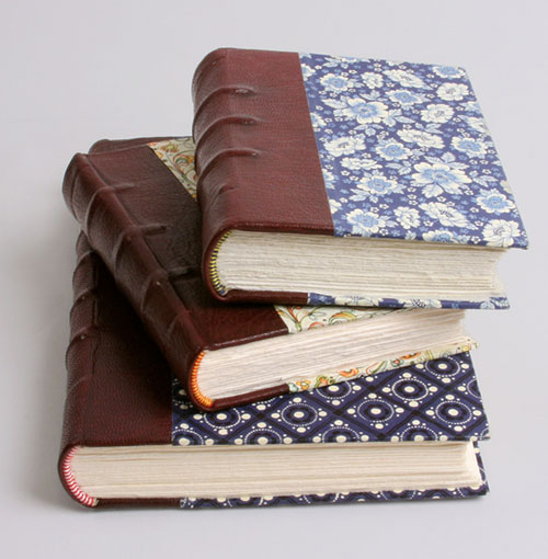 How To Make A Book Binding : Diy bookmaking the book binding guy make projects