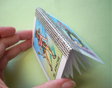 how to make a playing book