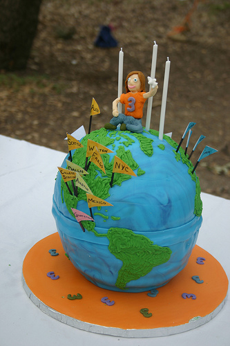 Globe Birthday Cake Make