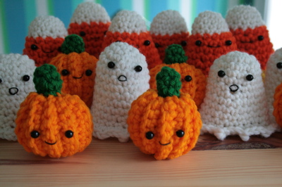crochetpumkinfriends.jpg