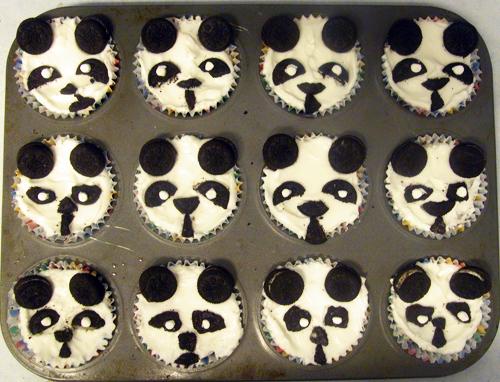 panda_cupcakes.jpg