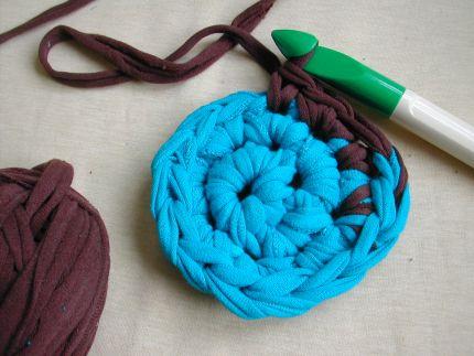 tshirt_crochet_rug.JPG
