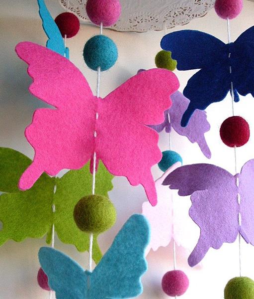 Felt_Butterfly_Mobile.jpg