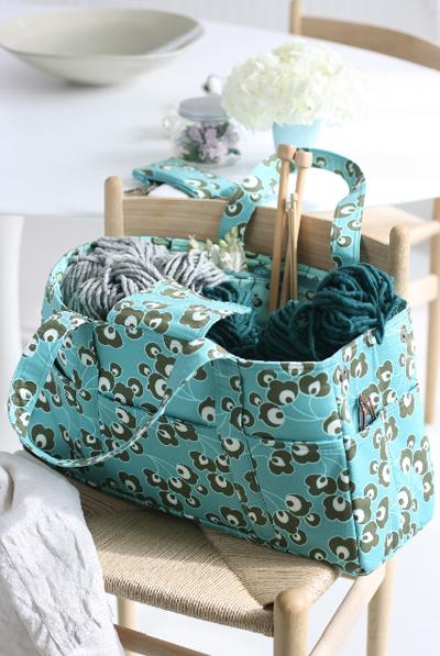 Amy Butler Knitting Bag Pattern : Winner of Amy Butler Sweet Life Bag Giveaway Make: