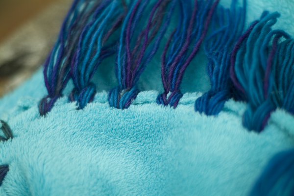 11_no-sew-blanket.jpg