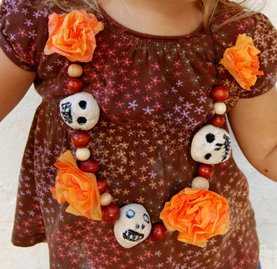 day-of_the_dead_kid_necklace.jpg
