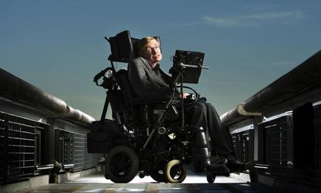 Professor-Stephen-Hawking-001