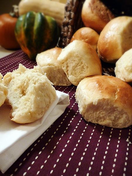 Thanksgiving Butterydinnerrolls