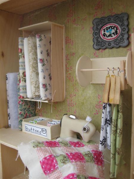miniature_quilt_shop.jpg