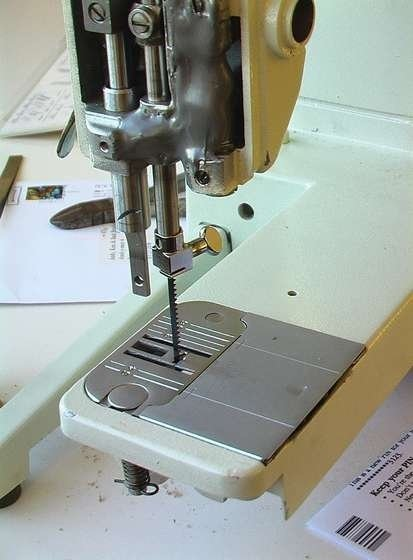 scroll_saw_from_sewing_machine.jpg