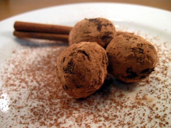 Mexican-Chocolate-Truffles.jpg
