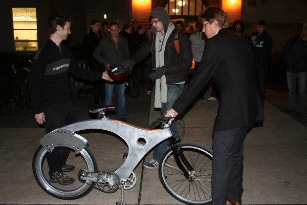 spokeless_bike.jpg