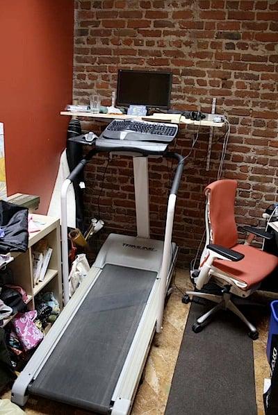 treadmilldesk.jpg