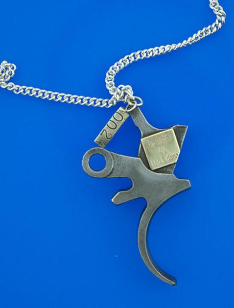 gunproject_necklace_01.jpg