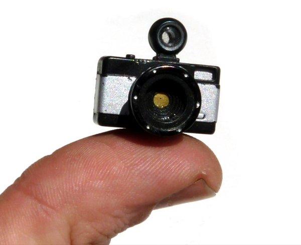 mini_lomo_pinhole_camera.jpg