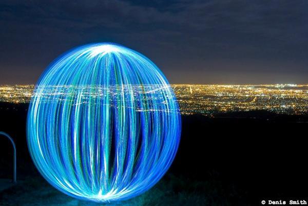 Denis Smith Light Ball 02.jpg