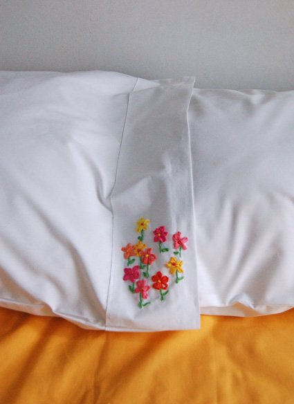 How To Silk Ribbon Embroidered Pillow Cases Make