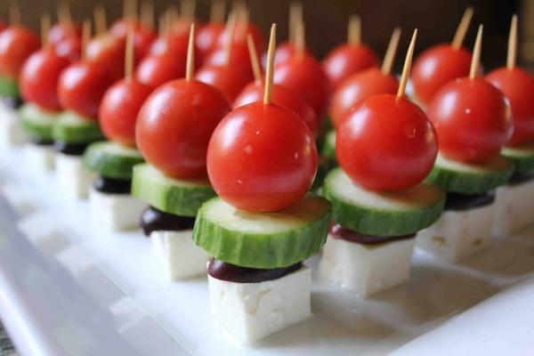 bite_size_greek_salad.jpg