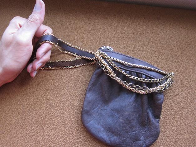 Chain Pouch Final
