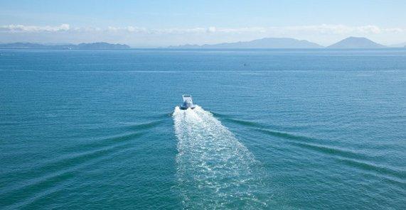 zipperboat00.jpg