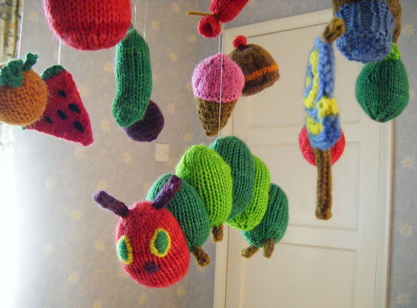knit_very_hungry_caterpillar_mobile.jpg