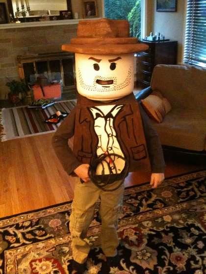 lego_indiana_jones_costume.jpg