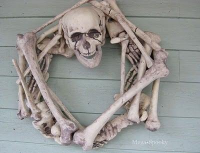 skeleton_wreath.jpg