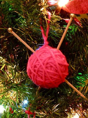 yarn_ball_ornament.jpg