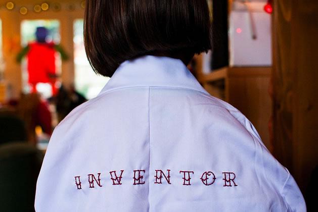 embroidered_lab_coat_back.jpg