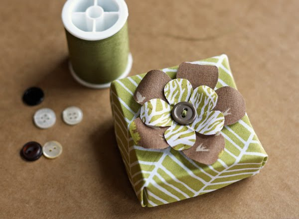 fabric-origami-box-tutorial.jpg