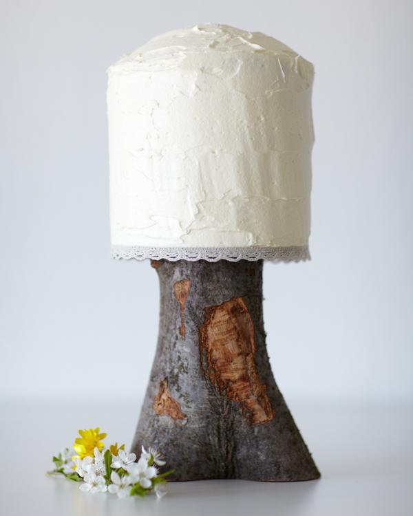 Modern Wedding Cakes: DIY Simple Modern Wedding Cake
