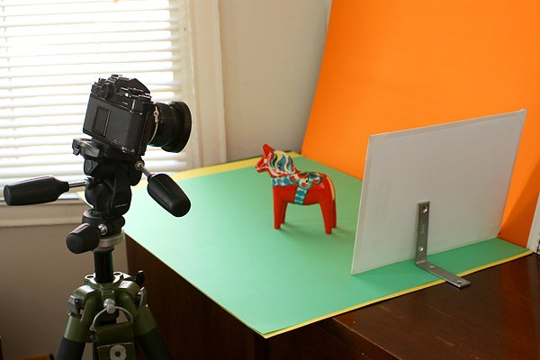 Five Things to Set up Your Home Photography Studio | Make: