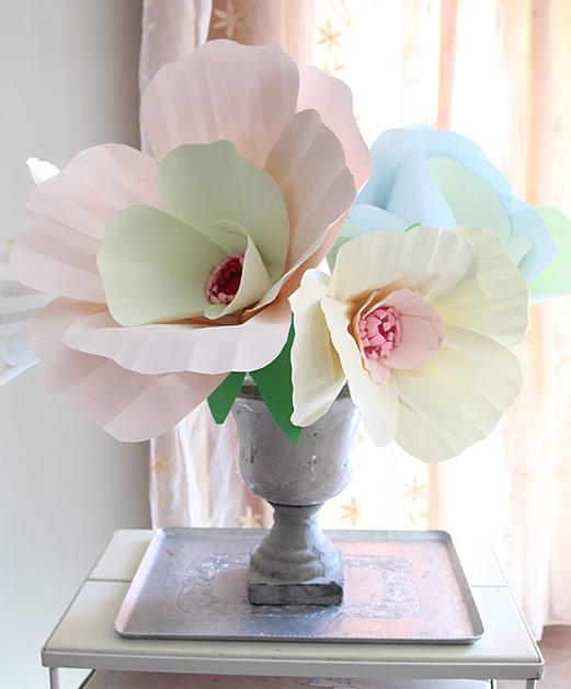 giant_paper_flowers.jpg