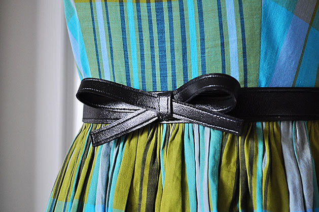 vintage_bow_belt.jpg