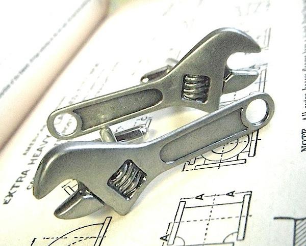 wrenchcufflinks.jpg
