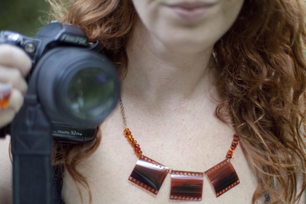 craftzine_negative_necklace_08.jpg