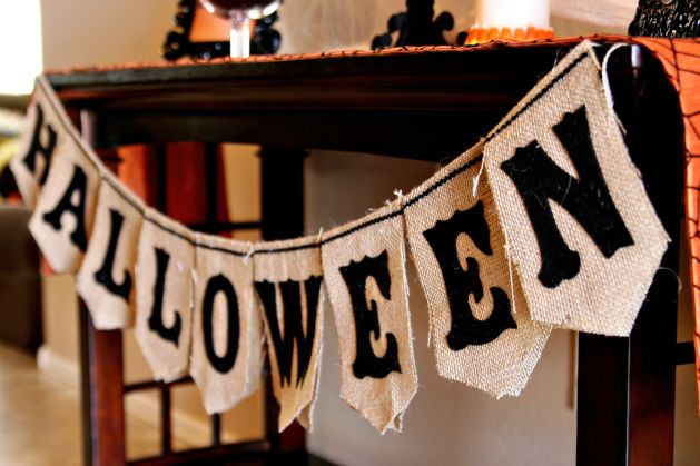 halloween burlap bunting_step9a.jpg