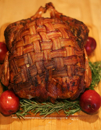 bacon_blanketed_turkey.jpg