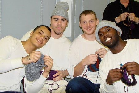 male_prisoners_knitting.jpg